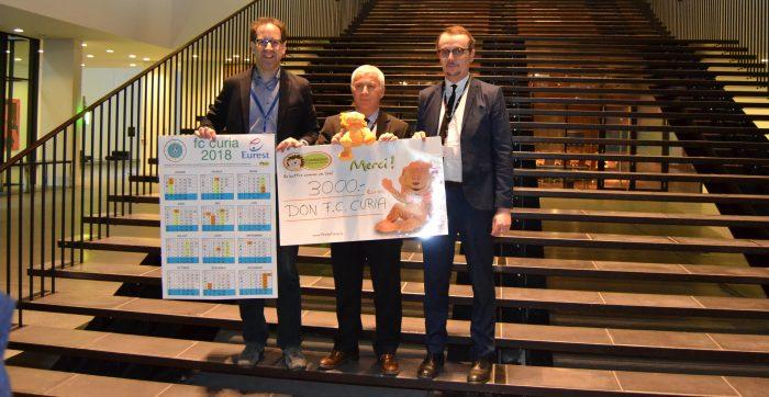 L'amicale de football de la Cour européenne de justice soutien la Fondatioun Kriibskrank Kanner